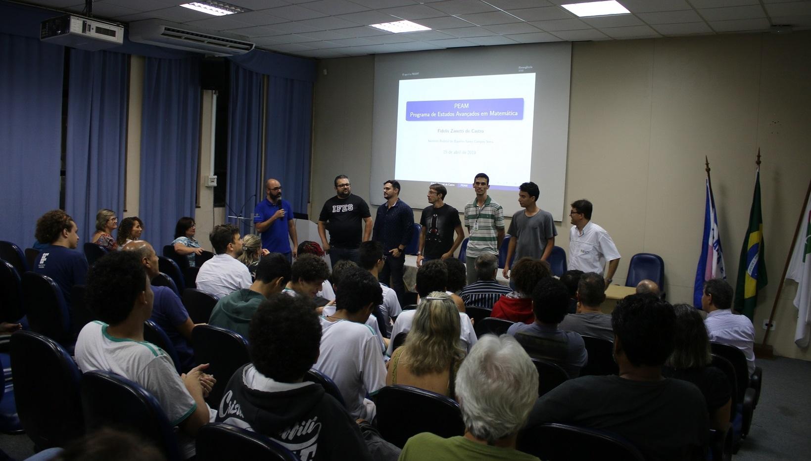 Programa de Estudos Avançados em Matemática realiza aula inaugural no Campus Serra